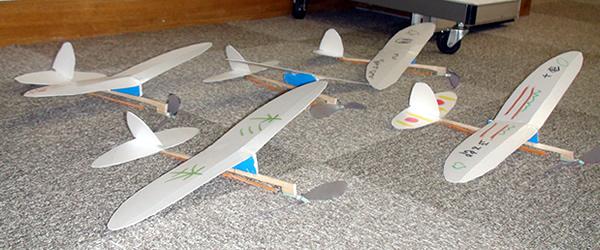 プロペラ飛行機